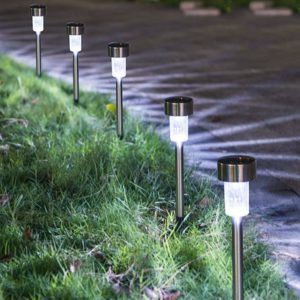 Sursun in-ground solar lighting on path