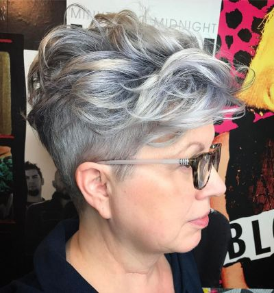 Heavy top waves on short pixie cut